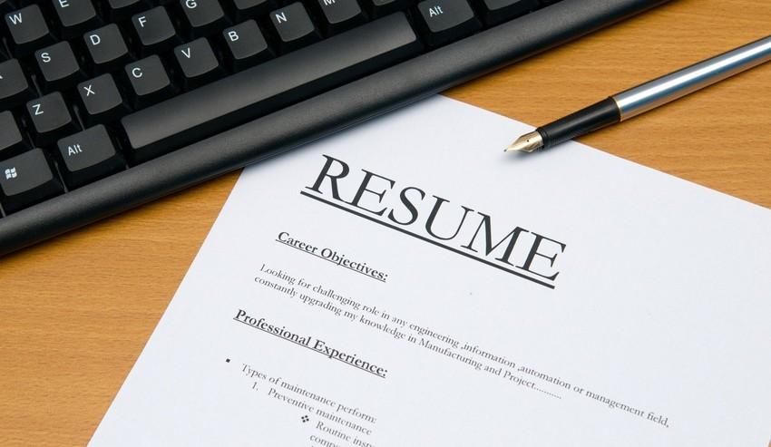Resume on a desk